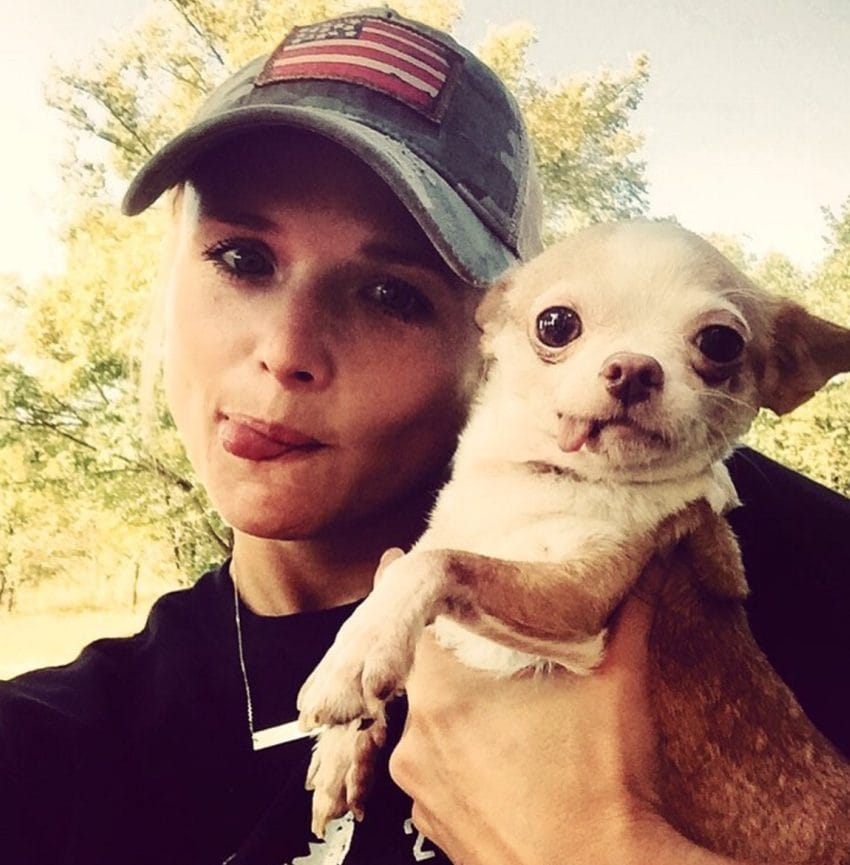 miranda lambert dog rescue